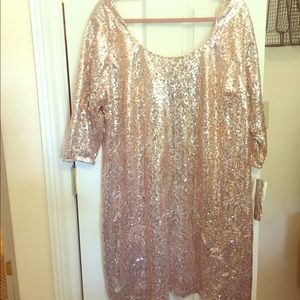 Sequin mini dress with 3/4 sleeves